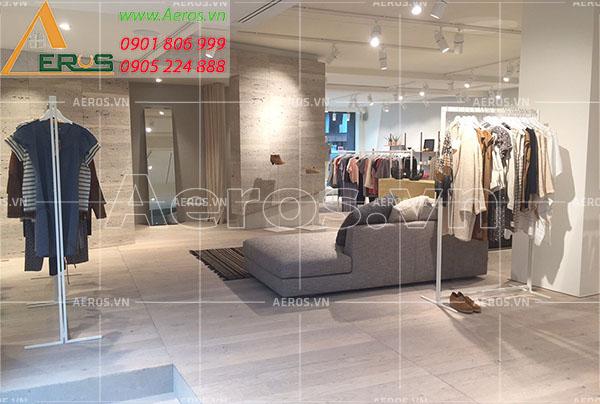 Thiết kế cửa hàng thời trang nữ Yi Shop tại quận 3, TP.HCM