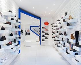 3 Cách trang trí shop giày dép nhìn là thích, nghe là mê
