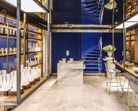 Top 10 mẫu thiết kế cửa hàng nước hoa đẹp nhất 2019