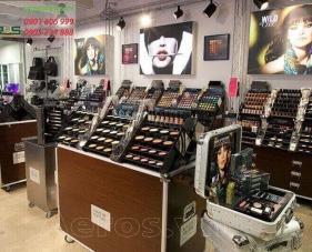 Thiết kế shop mỹ phẩm Make up for ever - Bình Dương