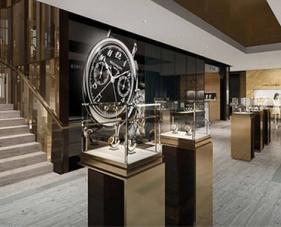 7 Việc quan trọng cần lưu ý khi trang trí cửa hàng đồng hồ